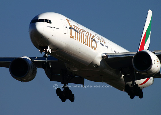 770037ba   - Emirate Airlines Boeing 777-31H
